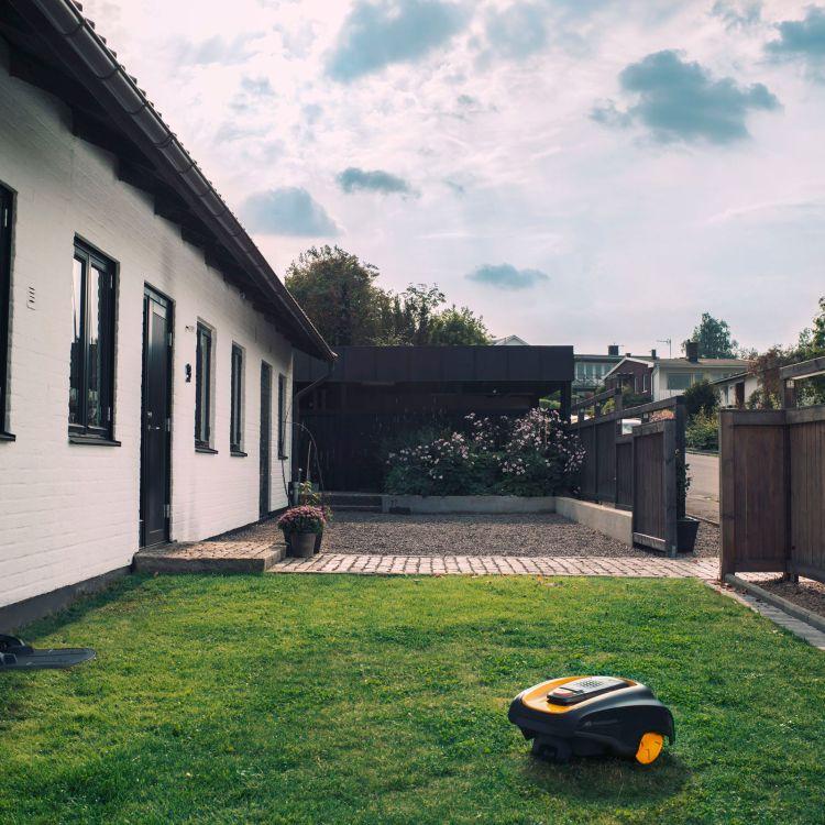 Smart Lawn Mowers